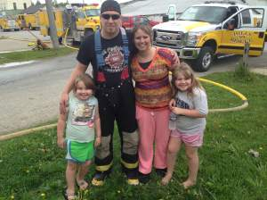 From the town of Hawkeye, IA is the Eickhoff family. Jeremy travels to and competes in 25-40 Waterball fights a year! His wife Hillary and his daughters Morgan and Chloe due their best to make it to as many as possible to cheer on their brave dad.