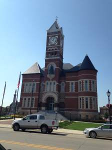The Hardin County Courthouse sits in the center of Eldora's business district. One of Iowa's best preserved and iconic buildings of it's kind.