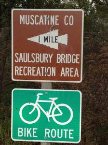 We saw this sign on our way to Wildcat and knew what our next stop would be as we headed back west. http://www.muscatinecountyconservation.com/saulsbury_about.php
