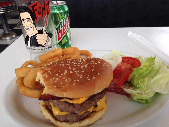 "I was in the ""health food"" mood. Something to go along with a lettuce and tomatoes. Like fried onion rings and a double cheeseburger. If only the had a Happy Day's promotional glass to pour my drink in....HEY there's one! Ayyyyy!"